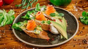 Брускетта «Трюфель» с лососем
